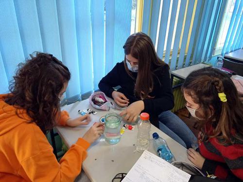 Naši eksperimenti