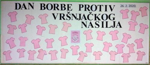 Ružičaste majice 20